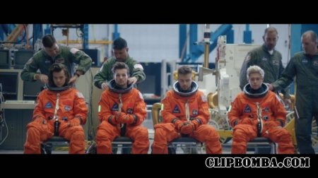 One Direction - Drag Me Down (2015)