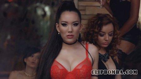 Manika feat. Tyga - I Might Go Lesbian (2015)