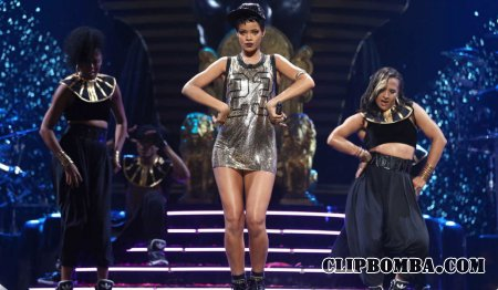 Rihanna - Концерт в Милане (2016)