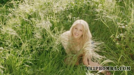 Shakira - Me Enamore (2017)