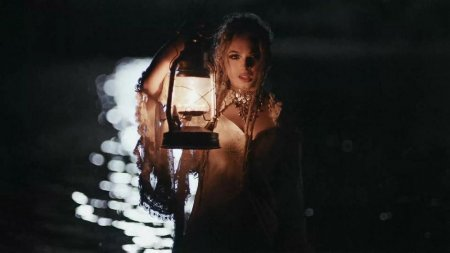 Zhavia - Candlelight (2018)