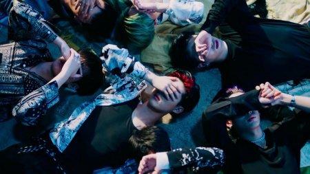 iKON - Killing Me (2018)