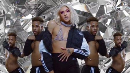 Pabllo Vittar ft. Charli XCX - Flash Pose (2019)